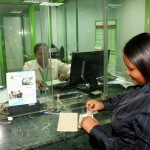 0009-customer-receiving-payment-at-from-a-fosa-teller